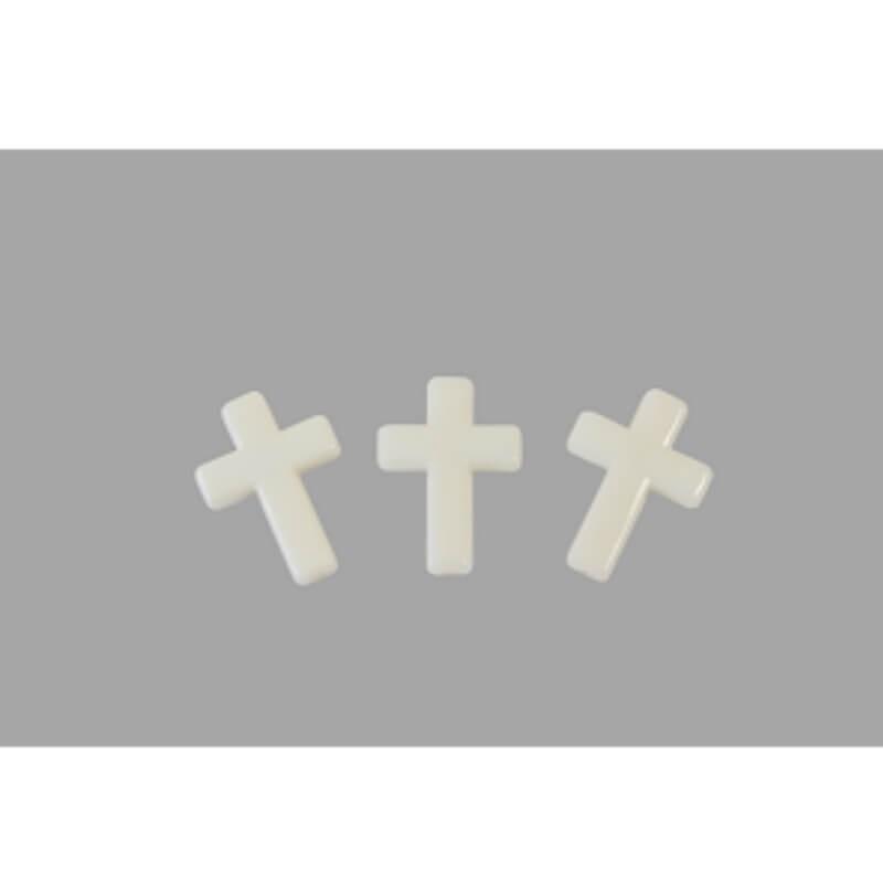 Croix en ivoire  piees