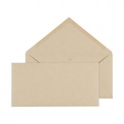 Enveloppe assortie Faire-part Kraft avec une touche de dentelle
