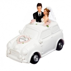 Voiture just married 11 cm...